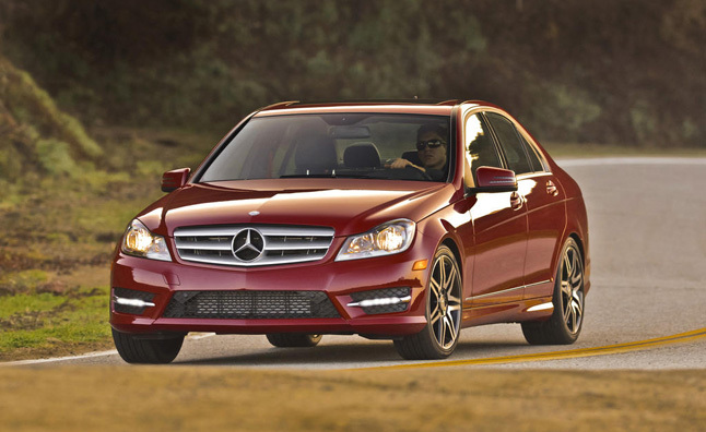 2013 Mercedes C250 Sedan Review - Video