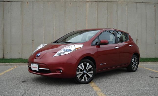 nissan leaf reviews 2013 car design today. Black Bedroom Furniture Sets. Home Design Ideas