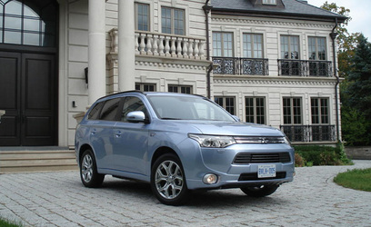 2014 Mitsubishi Outlander PHEV Review