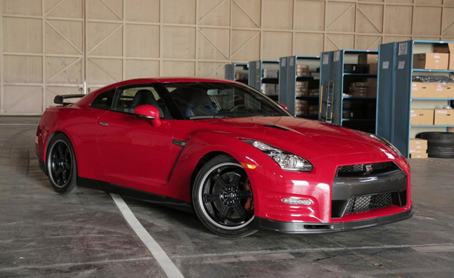 2014 Nissan GT R Track Edition Review Video