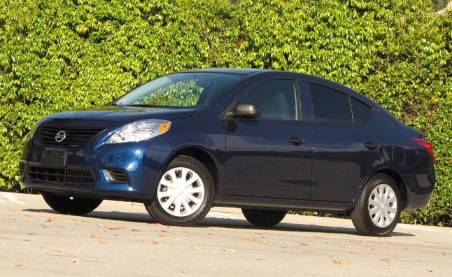2014 Nissan Versa Review