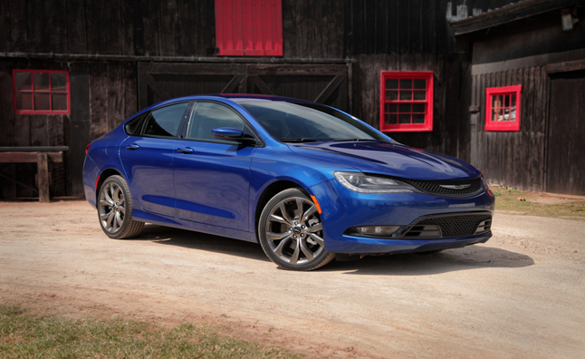 2015 Chrysler 200S Review