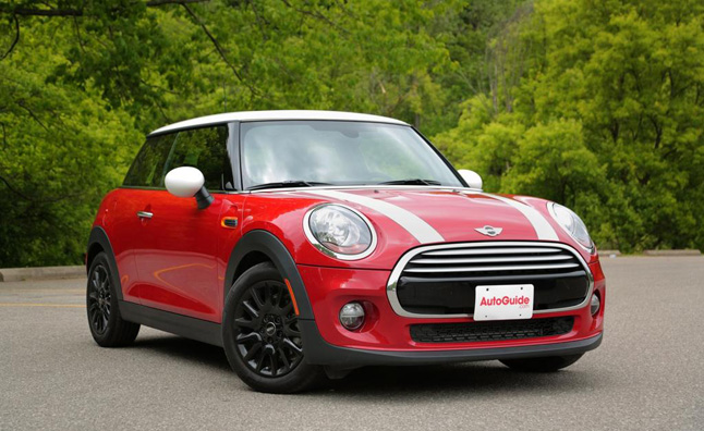 2017 Mini Cooper Hardtop Review