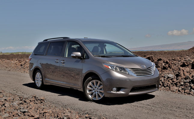 2015 toyota sienna review car reviews. Black Bedroom Furniture Sets. Home Design Ideas