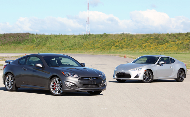 2017 Scion Fr S Vs Hyundai Genesis Coupe 2 0t R Spec
