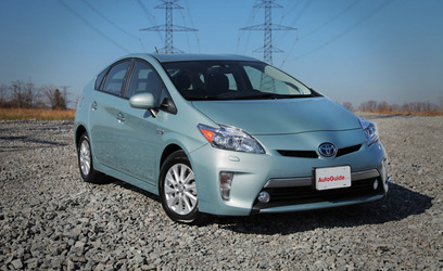 2013 Toyota Prius Plug-in Review - Video