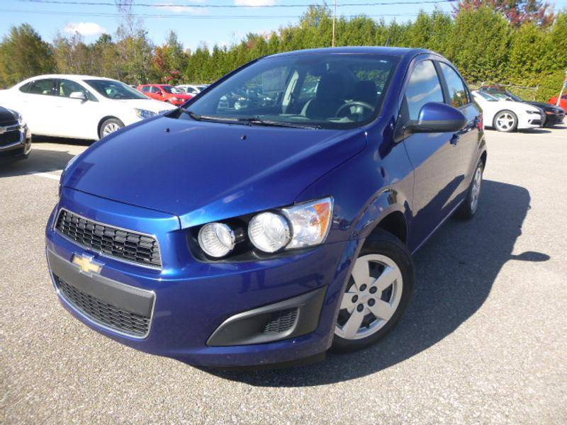 used 2012 chevrolet sonic for sale in st raymond. Black Bedroom Furniture Sets. Home Design Ideas